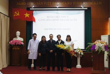 Buổi họp phụ huynh đầy ấm áp yêu thương tại Làng Hòa bình Thanh Xuân