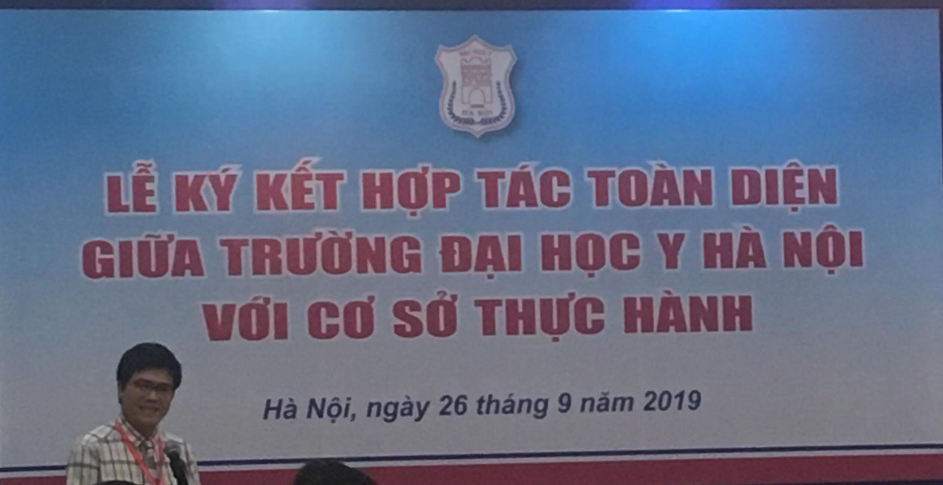 Thỏa thuận hợp tác toàn diện giữa Bệnh viện Phục hồi chức năng Hà Nội và Trường Đại học Y Hà Nội.